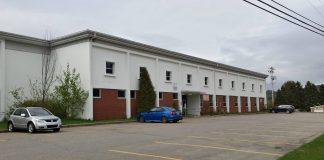 L'école Fréchette dans le village de L'Anse-Saint-Jean