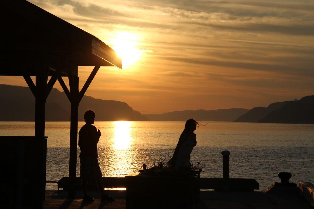 Le quai de Petit-Saguenay au coucher du soleil